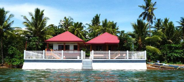 Biliran-Paradise-Sea-Houses