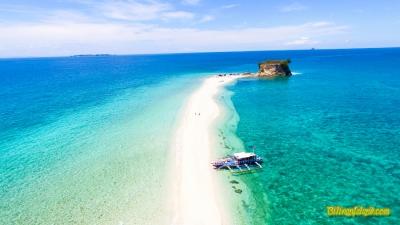 La Manok (La Manoc) Island